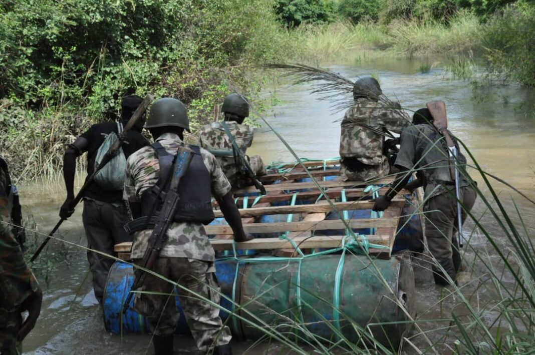 Nigeria news : Nigerian military raises alarm over interstate movement of bandits