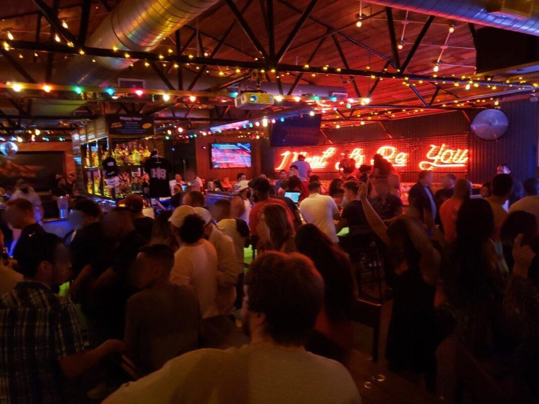 Breaking news: A dozen Texas bars temporarily lose alcohol licenses for not following coronavirus protocols