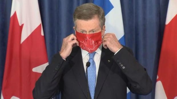 Toronto mayor, top doctor want to make masks mandatory indoors