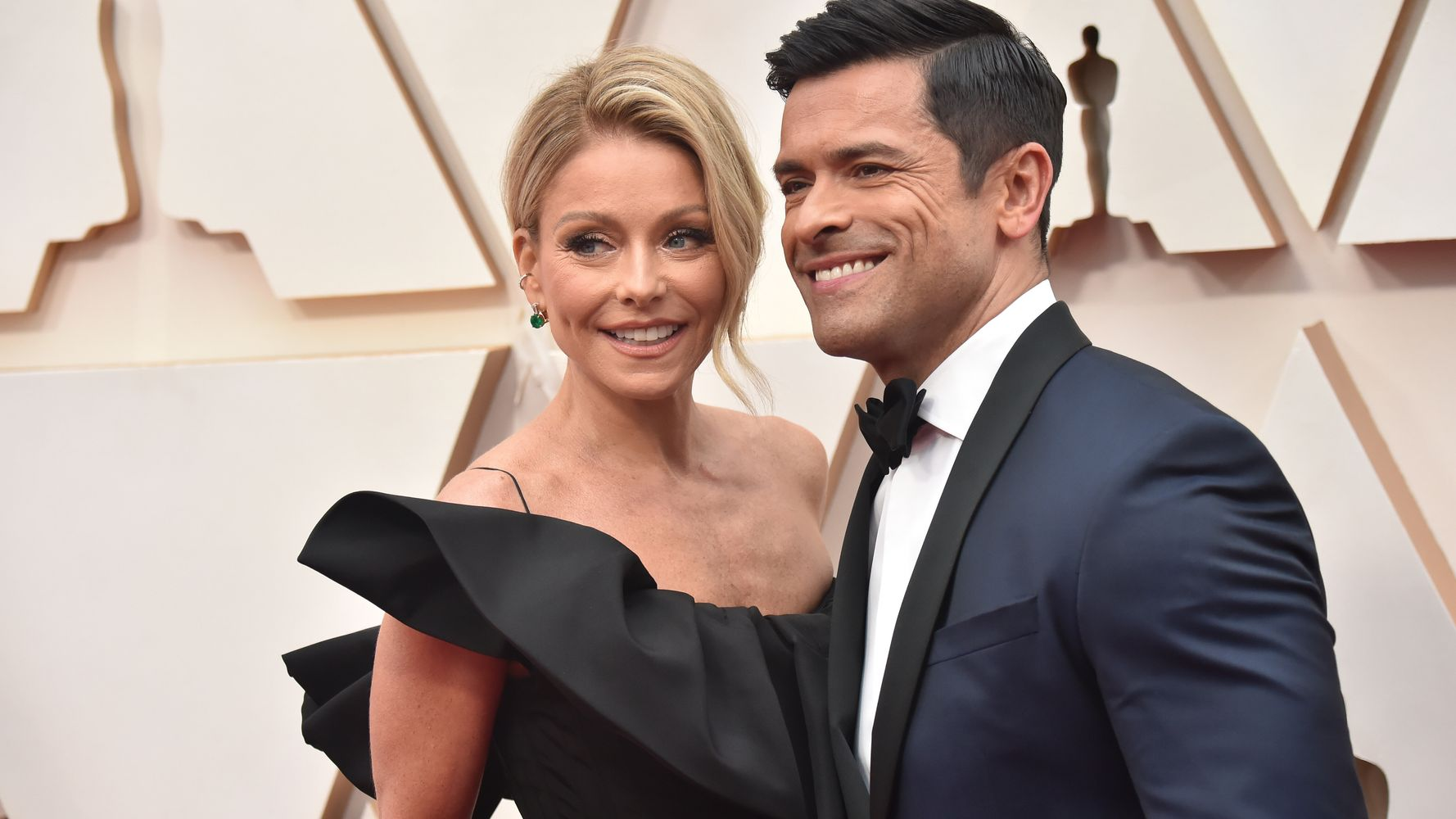 Kelly Ripa Says Mark Consuelos' Bulge In Halloween Pic Is No Trick, All Treat