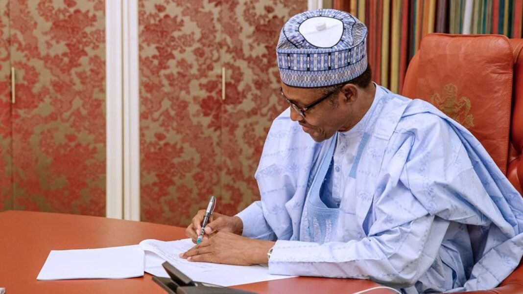 Nigeria news : BREAKING: Buhari approves special salary for teachers, increases years in service