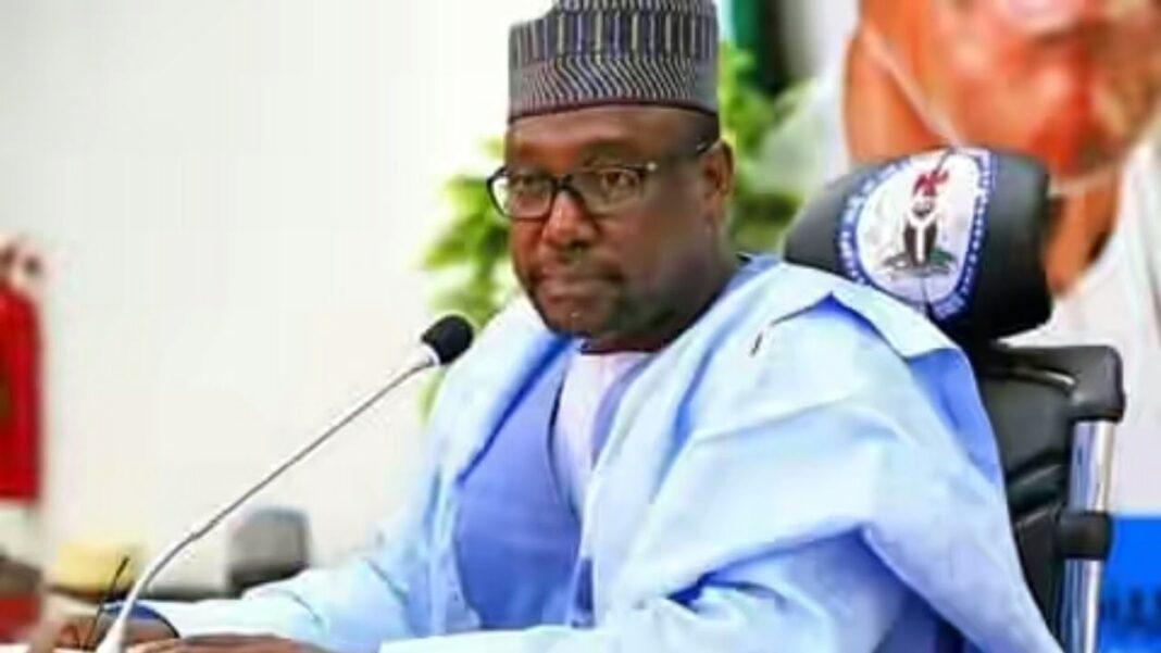 Nigeria news : Niger: Gov Bello again threatens to shut down Minna-Bida, Zungeru highways as two bridges collapse