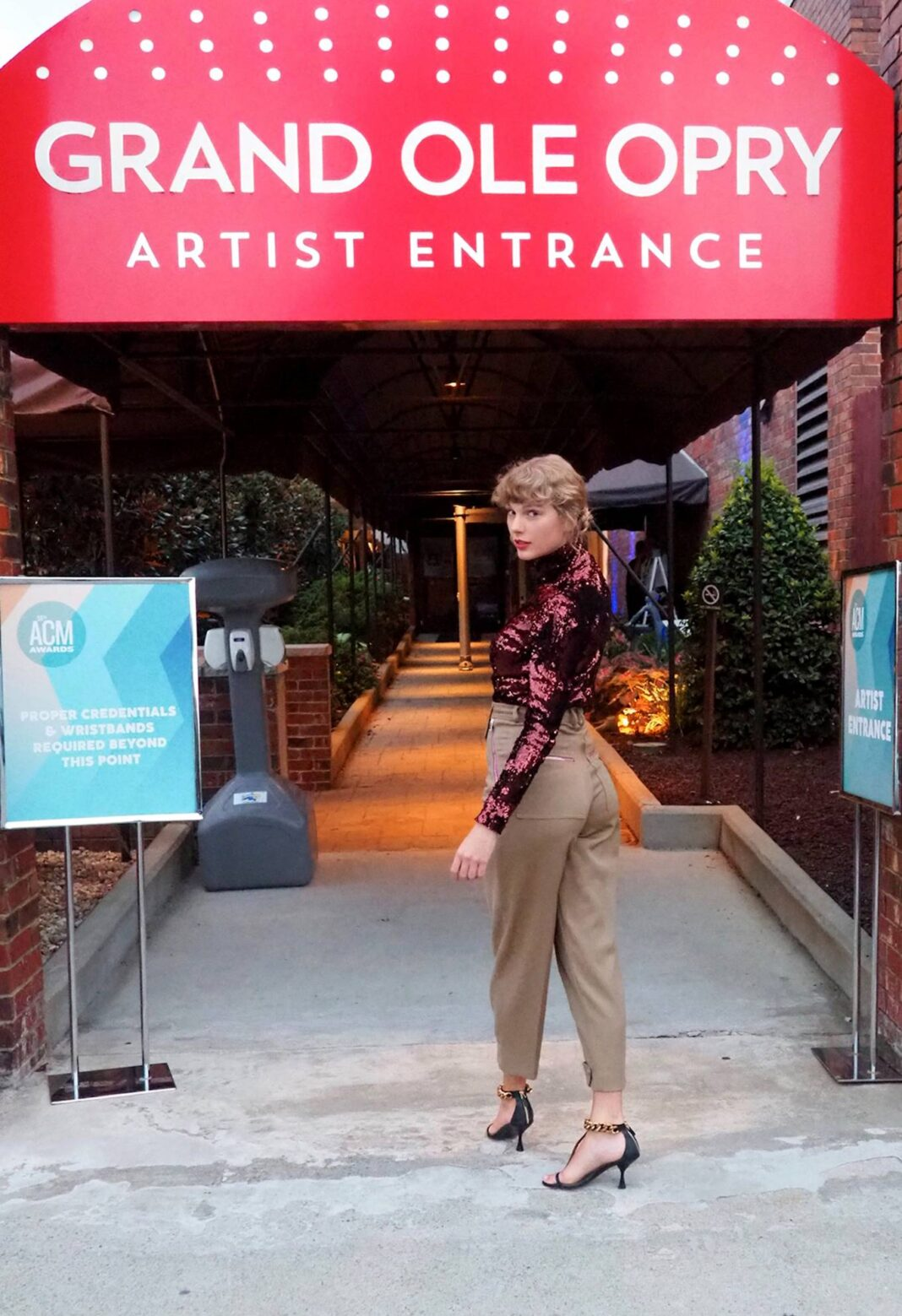 Taylor Swift – 2020 Academy Of Country Music Awards in Nashville