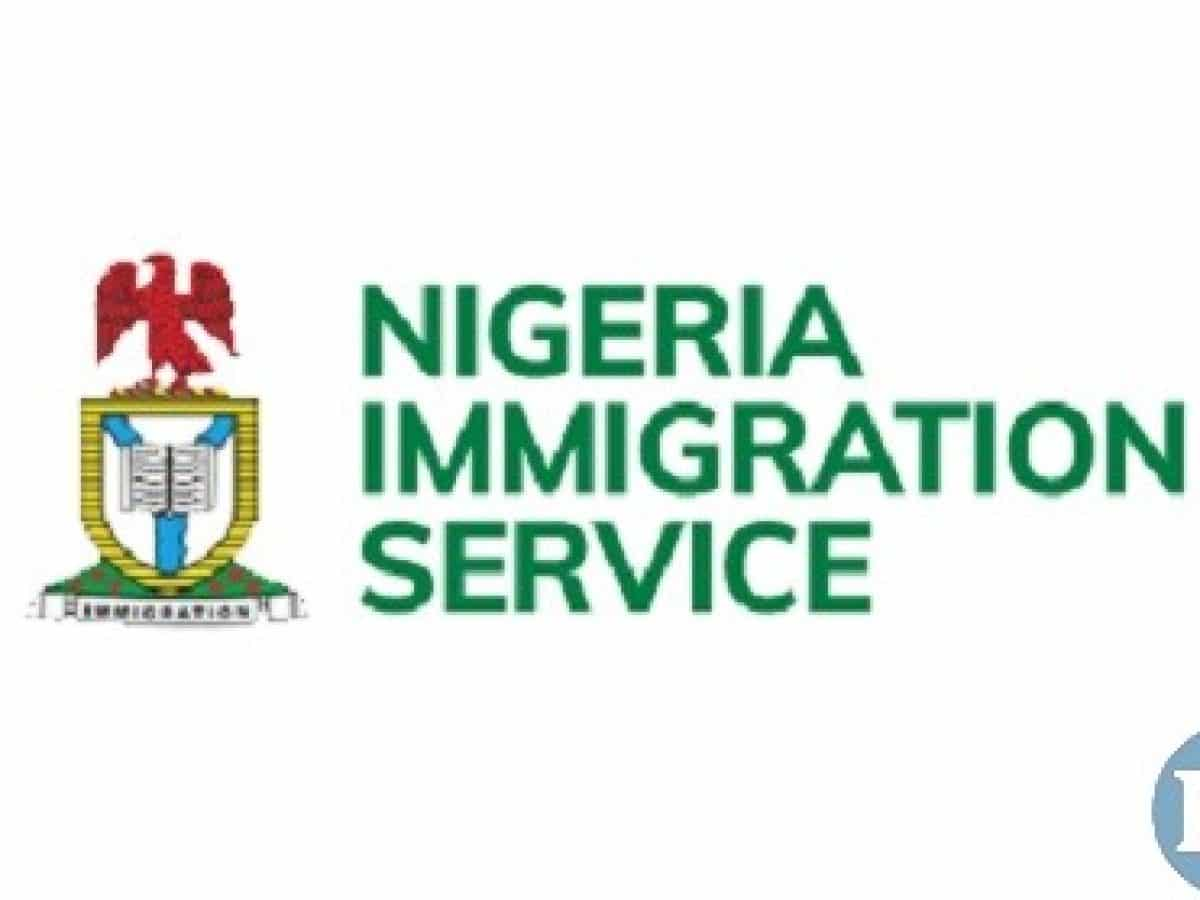 Nigeria news : 191,000 jostle for 9,460 Immigration, NSCDC jobs