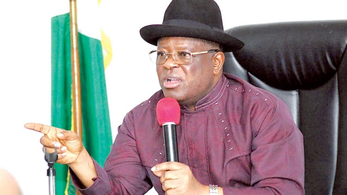 Nigeria news : COVID-19: Umahi shifts resumption of schools in Ebonyi to January 18