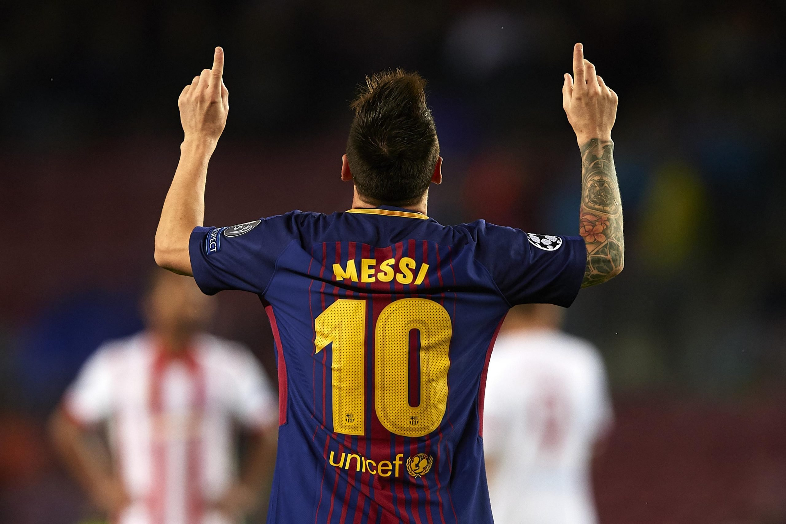 Barcelona vs Alaves: Lionel Messi matches Xavi's record