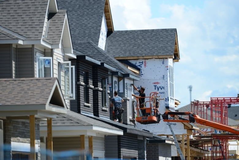 Suburbs lead the way in housing completions as starts also climb: CMHC