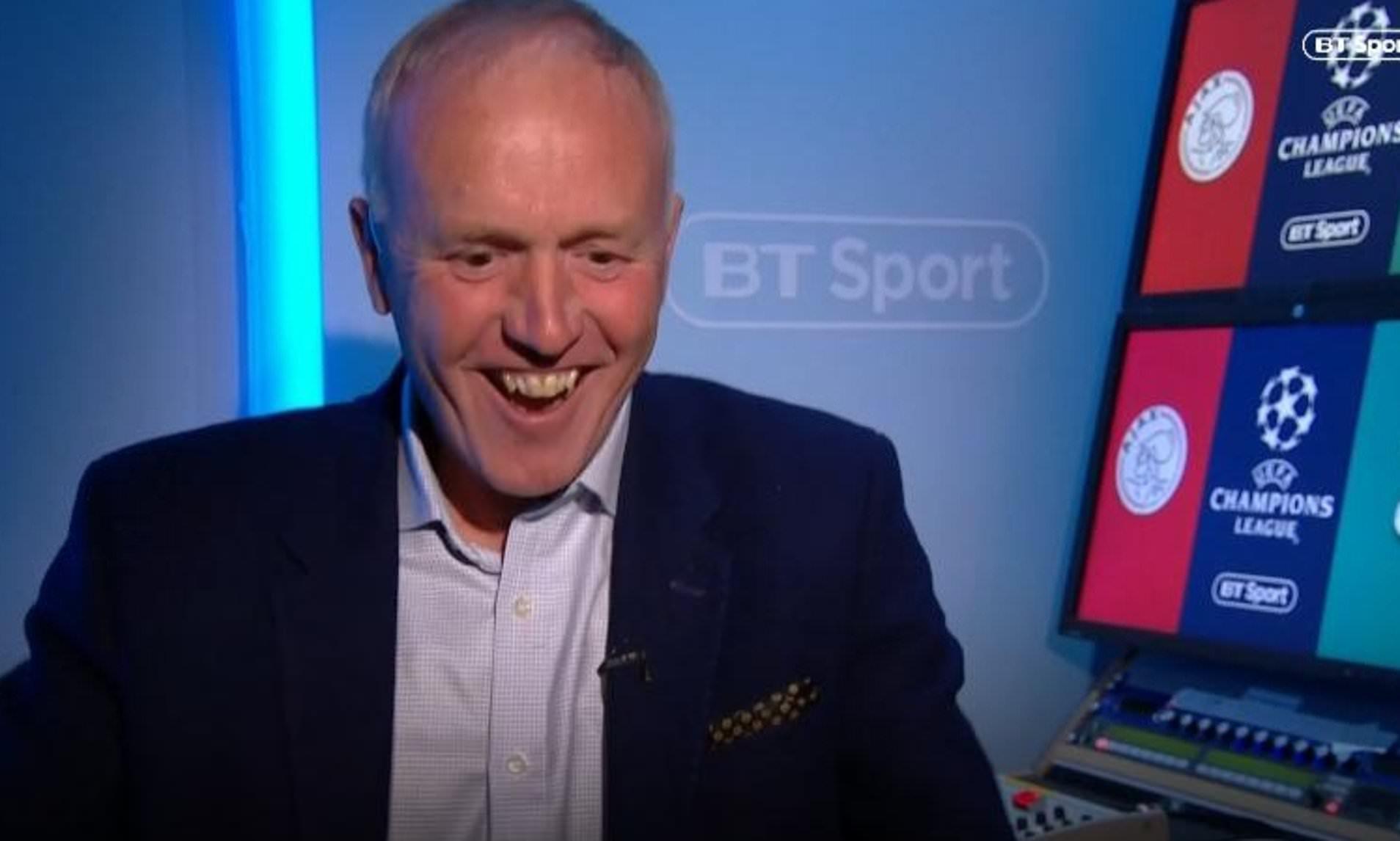 Wolves vs Arsenal: Luiz was careless – Ex-EPL referee, Walton backs Craig Pawson's red card decision