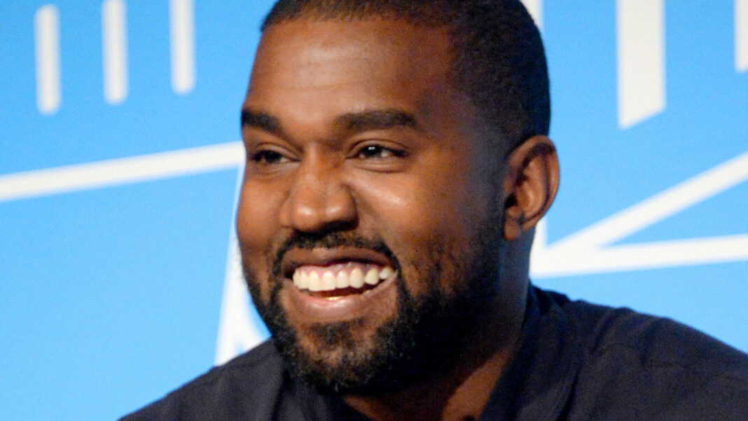 Kanye West And Taylor Swift: Who Has The Higher Net Worth? $3.2 billion