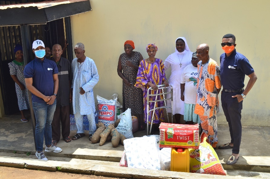 Tola Awosika Foundation Supports Young Nigerians With Massive Education Outreach In Ondo State (Photos)