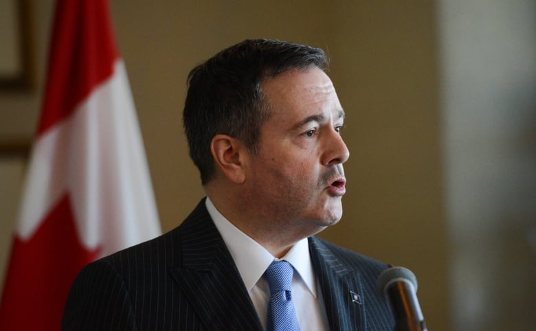 2 Alberta United Conservatives removed from government caucus