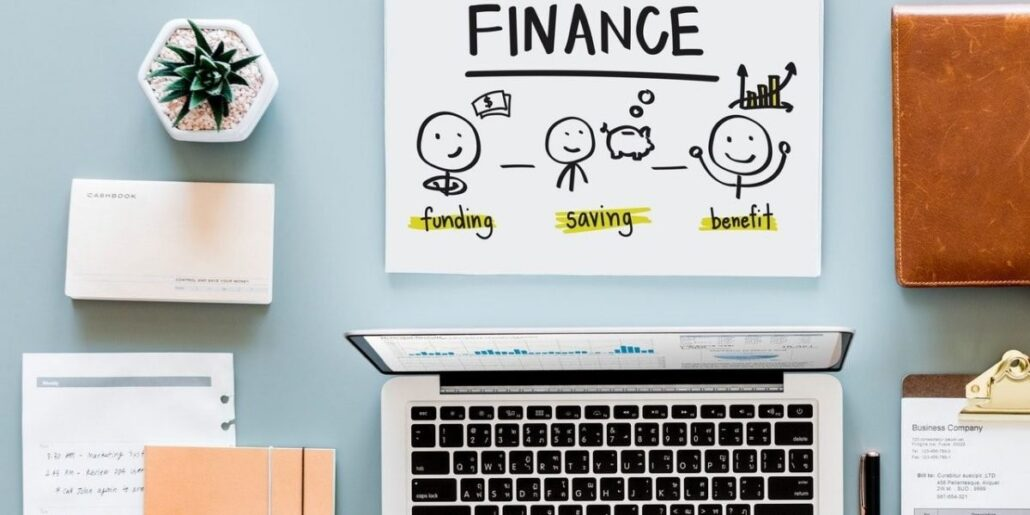 Managing your finance as an entrepreneur: how it will improve your business.