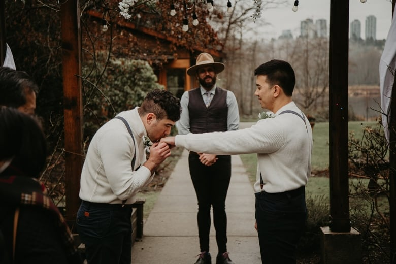 Pandemic-era elopements, micro-weddings could be here to stay as couples find less is more