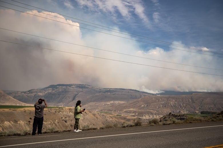 'No relief in sight' for wildfire forecast in southern B.C. as thousands remain under evacuation order