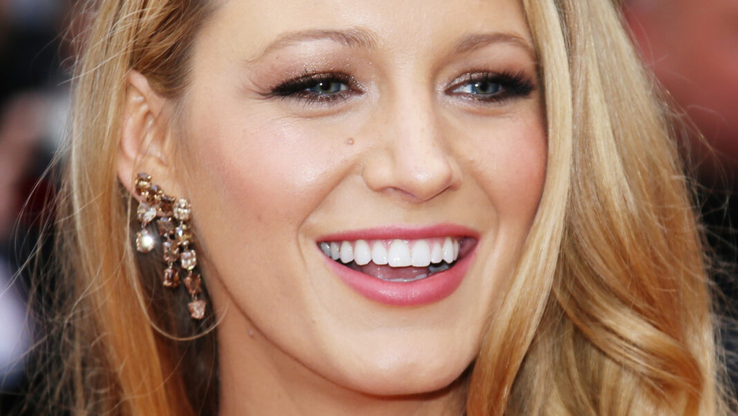 The Transformation Of Blake Lively From Childhood To 33 Years Old