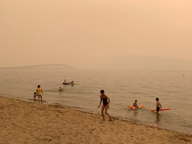 Air quality from wildfire smoke hits dangerous levels in cities across B.C., as smoke heads west