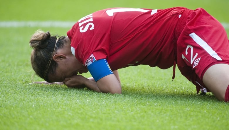 Christine Sinclair's quiet confidence carried Canadian soccer for decades