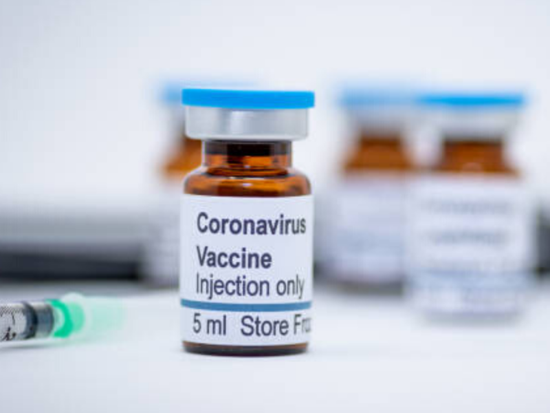 Covid: Over 40,000 Quebec Health-Care Workers Still Unvaccinated
