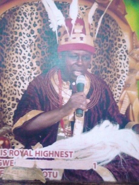 Gunmen kill deposed Anambra traditional ruler and his driver