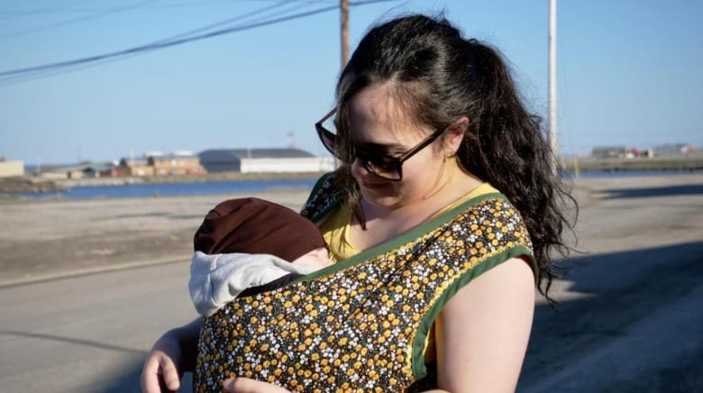 Nunavut mothers sick of travelling to give birth say birthing services sorely lacking