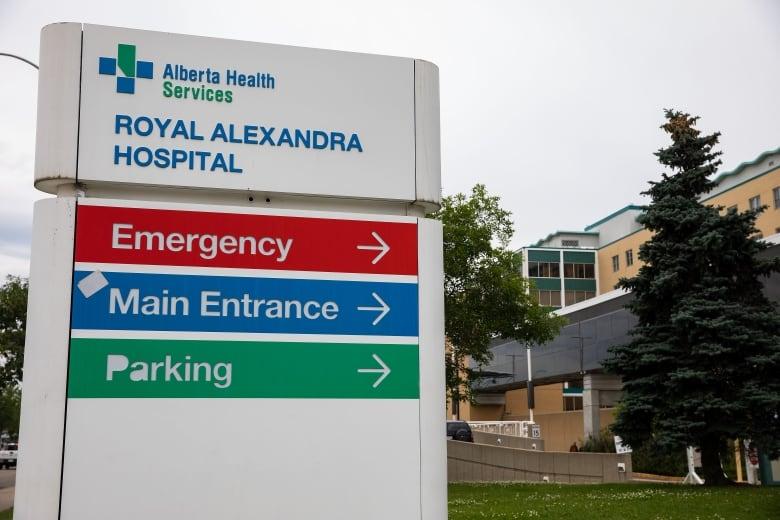 Military nurses to begin work at Edmonton hospital as Alberta battles 4th wave of COVID-19